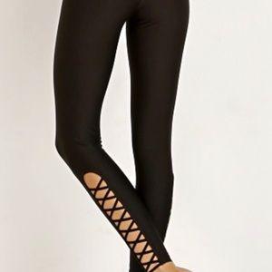 All Fenix Criss Cross Black Leggings